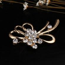 Gold Color Big Crystal Flower Large Brooch Grape Pins and Brooches Wedding Jewelry Bijouterie Corsage Dress Coat Accessories