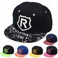 Nova primavera e verão das crianças boné de beisebol carta bebê do sexo masculino R bordado chapéu plana abas largas chapéu hip hop crianças tamanho 50-54 cm
