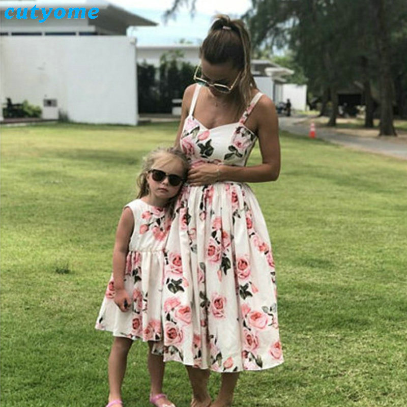 Family Look Women Matching Mother And Daughter Clothes Sleeveless Floral Dress For Mommy And Me Kids Girls Mom Daughter Dresses