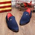Los hombres de los Holgazanes Zapatos de Marca de Lujo de Moda Calzado Plano 2016 Tachonado masculino Charol Oxford Zapatos Para Hombres de Nueva Plata Oro pico