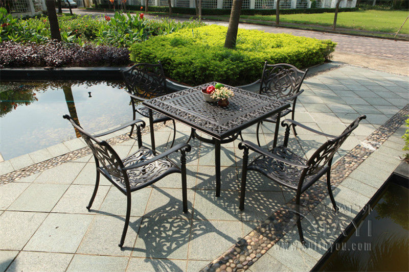 5-piece Best-selling cast aluminum table and chair Outdoor furniture garden furniture transport by sea sedat  tardu transport and coherent