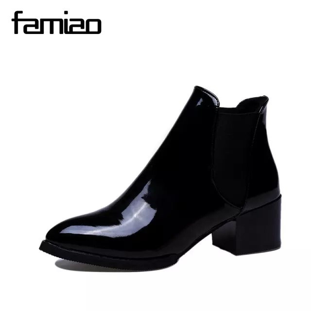 2017 Spring Autumn Artificial Leather Women Ankle Chelsea rubber Boots Fashion Woman's Black And Red Shoes