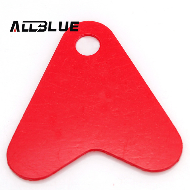 50pcs/lot 16mm Plastic Red Heart Slice Fishing Lure Accessories Fishing Tackle