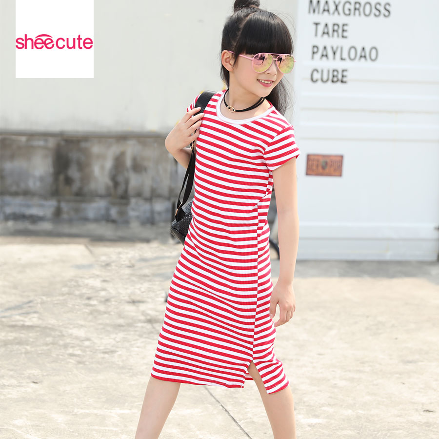 SheeCute Girls Dress New Arrival Kids Casual Knä Längd Dress Chindren Cotton Striped Straight Kortärmad Klänning För 3-15Y