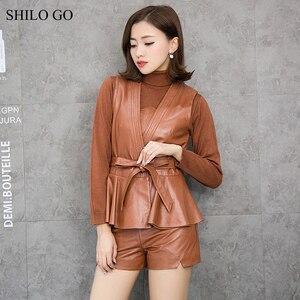 Женский кожаный костюм SHILO GO, зимний модный комплект из натуральной овечьей кожи, сексуальный плиссированный жилет с v-образным вырезом и ба...