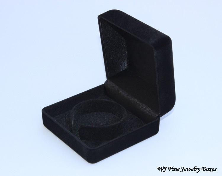 60a16b6910325 US $45.34 7% OFF|Wholesale 12pcs Black Velvet Jewerly Box Gift Box  Bracelets Box Fits Pandora Style Bangle Jewelry Display For Christmas-in  Jewelry ...