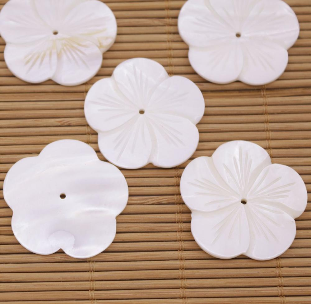 Купить с кэшбэком 5 PCS 35mm Flower Shell Natural White Mother of Pearl Jewelry Making DIY