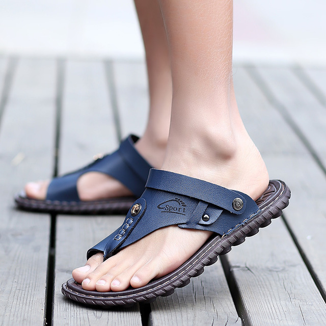 PU Leather Slippers Men Outdoor Shoes Male Beach Flip Flops Summer Slides Casual Shoes Travelling Walking Slippers Plus Size
