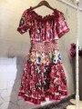 Новые Моды для Женщин Весна Dress 2017 Взлетно-Посадочной Полосы Европейской Дизайнер Винтаж Оборками Печати Короткие Slash шеи партия стиль dress 1760