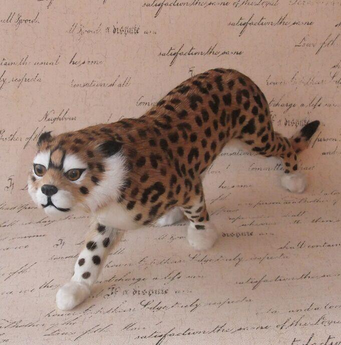 Modèle de Simulation de fourrure animal léopard fourrure artisanat décorations créatives Feng shui articles d'ameublement léopard