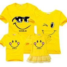 Famille des vêtements correspondant, mère fille robes vêtements, mère fils tenues, 100% coton à manches courtes T-shirt, regard de la famille