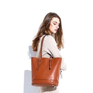 Image 2 - Zency borse a tracolla da donna di grande capacità 100% borsa in vera pelle borsa Shopping Vintage marrone borsa Tote Casual di qualità eccellente