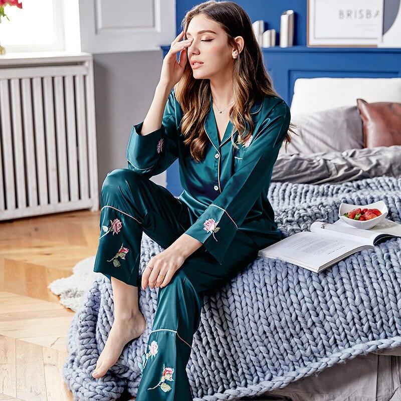 Soie pyjama ensembles femme printemps été nouveau Faux vêtements de nuit en soie femme Rose fleur à manches longues vêtements de nuit 2 pièces X9102