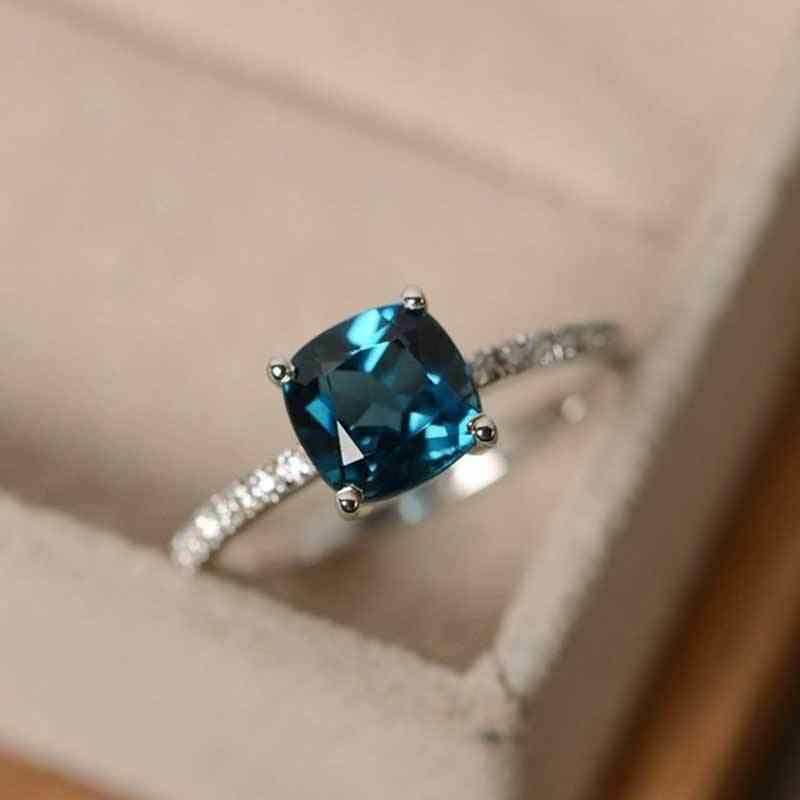 Huitan Blue Series Women Ring 4 Color Available Engagement Ring Jewelry Sliver Plated Simple Wedding Ring Anniversary Gift