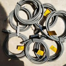 цена на 10pcs Pneumatic Air Cylinder Magnetic Reed Switch Proximity Sensor CS1-F/CS1-U/CS1-J/CS1-G/CS1-S/D-Z73/D-A93/D-A73/D-C73