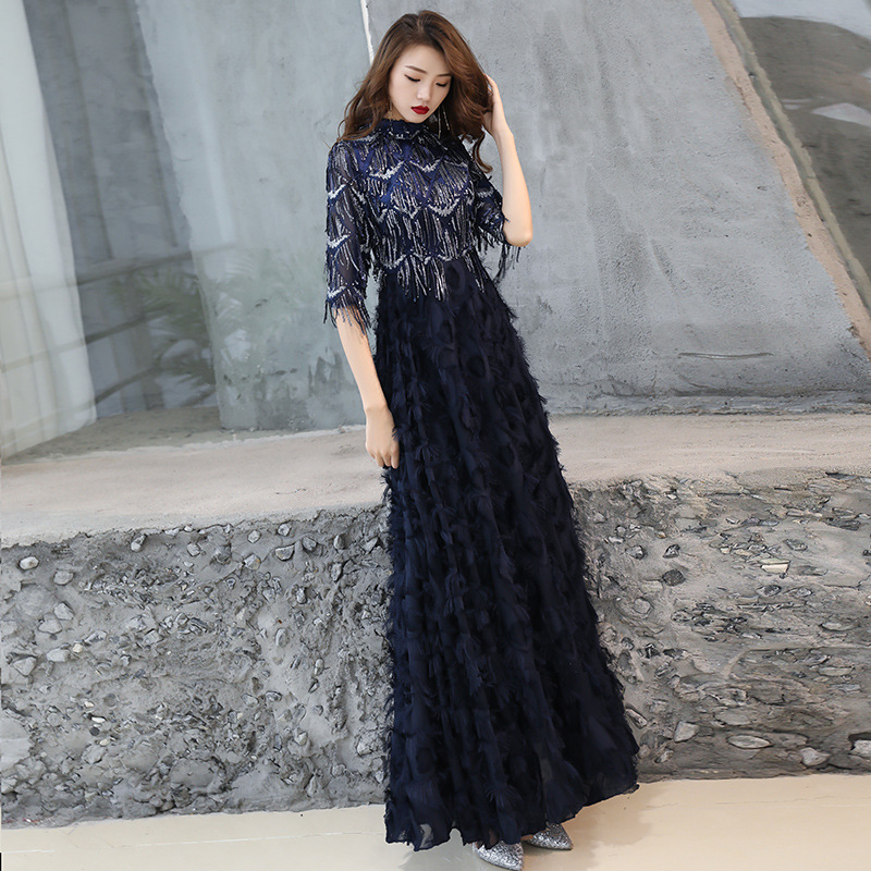 A-line Evening Dress O-neck Sequins Tasssel Black Formal Prom Dresses Floor-length Half Sleeve Zipper Feathers Party Gowns E098