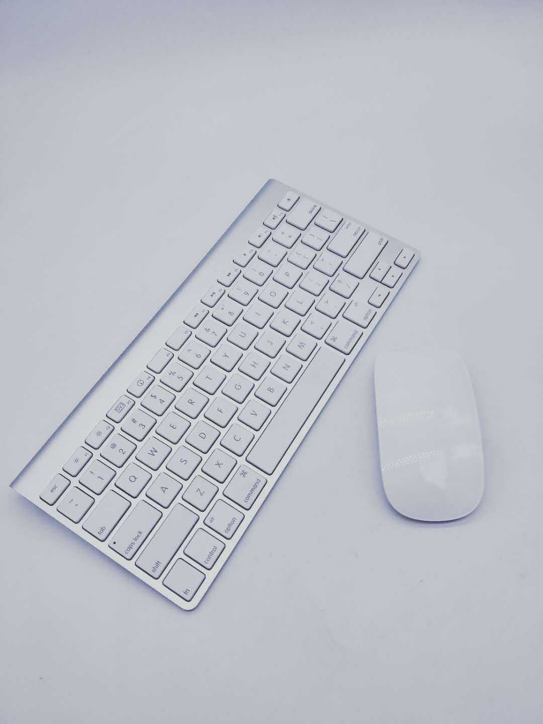 Genuine A1296/A1314 Wireless Mouse/Keyboard For Apple - Bluetooth A1296/A1314 Cleaning And Testing Battery Not Included