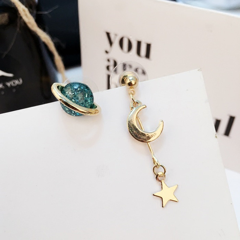New Rotate Earth Moon Star Stud Earrings Trendy Pop New Party Gorgeous Fancy Gown Top Korean Hot Sale