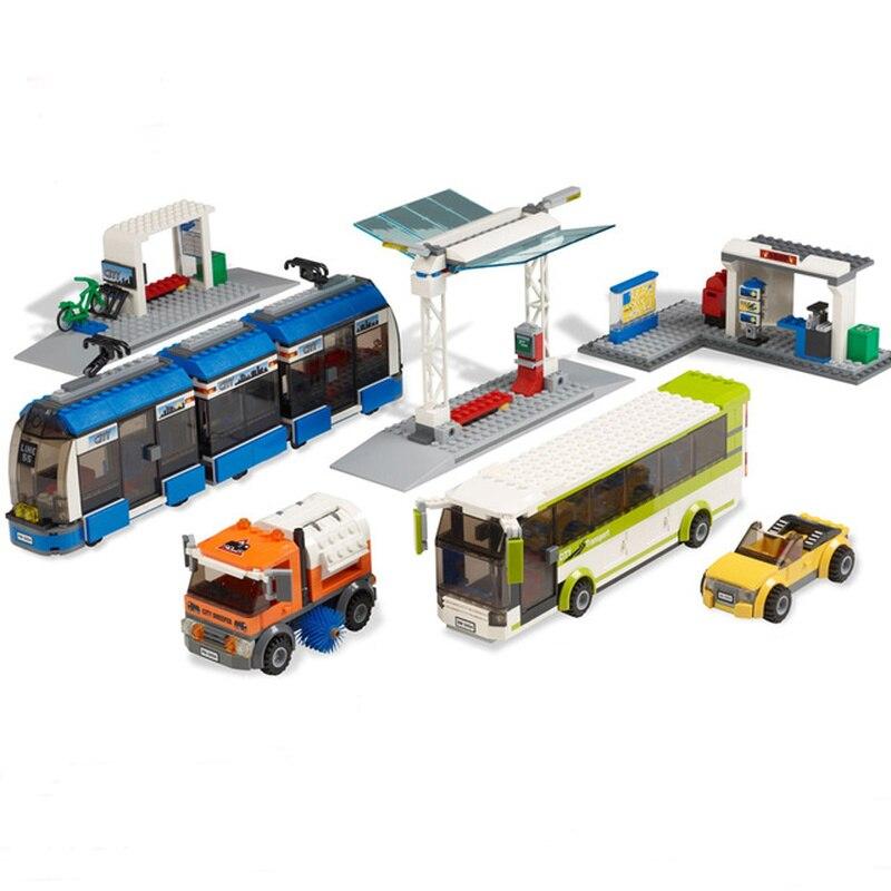 Nouveaux services de la ville gare de Transport en commun Set Compatible ville 8404 jouets briques de construction blocs Bus Train voiture de noël