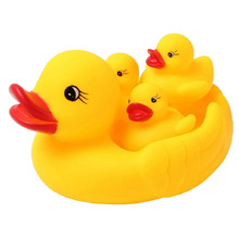 Cute Lovely Mummy And Baby Rubber Race Ducks Baby Bath Toys Children Water Game Toys Kids
