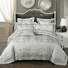 New Fashion Home textile Wedding Jacquard  silk Bedding set Luxury Satin Quilt/Duvet cover bed linen bedclothes set