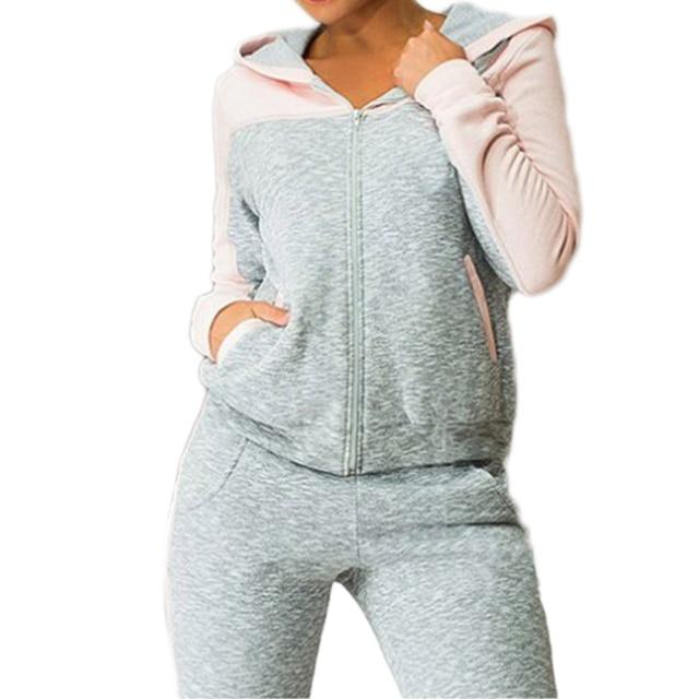 Женский трикотажный костюм для активного отдыха 3