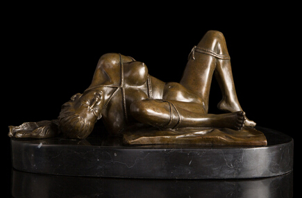 Mädchen nackt bondage