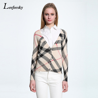 2017 Autumn Checked Sweater Woman V Neck Long Sleeve Plaid Pattern Knitted Cardigan Slim Short Casual
