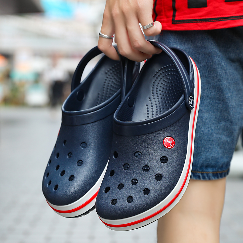 Men Sandals Slippers Hole-Shoes Garden-Clogs Male Summer Croc Hombre