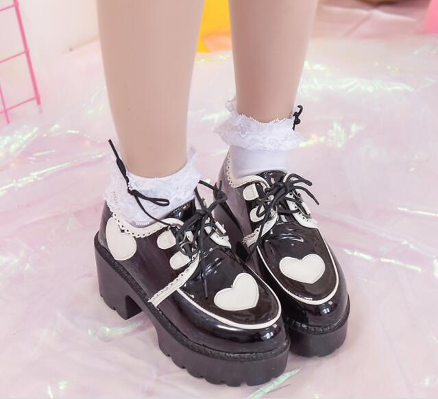 ФОТО Hearts Patterns Japanese Style Thick Heel Lolita Shoes Lace Up Pumps New 2017 Ladies Cos Shoes With Platform Free Shipping