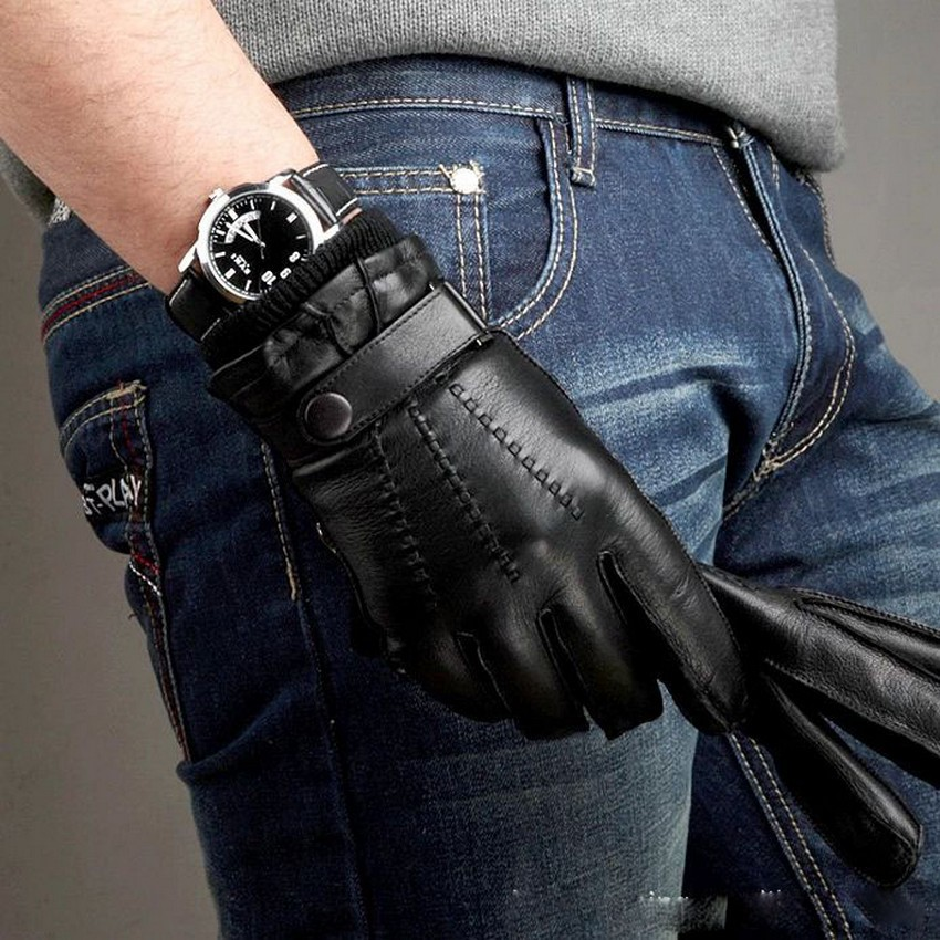 Fashion Solid Black Men Sheepskin Gloves With Button Wrist