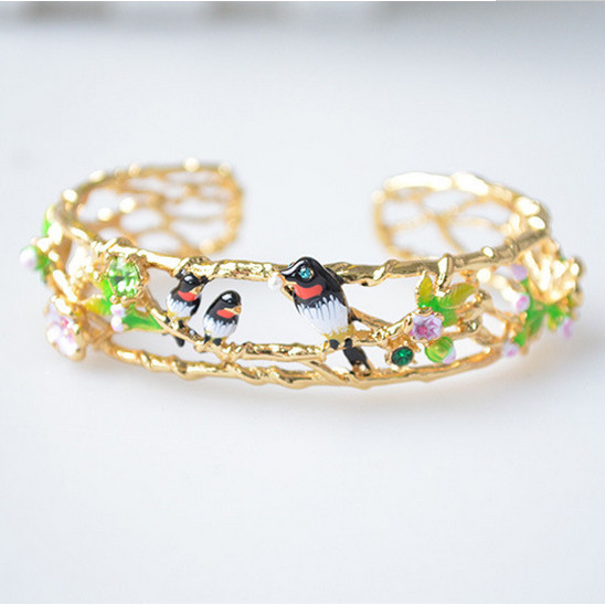 Les Nereides Enamel Open Bracelets Gold Plated Swallow Flowers Hand Link For Women Lady Beautiful Jewelry Gift  Good Quality