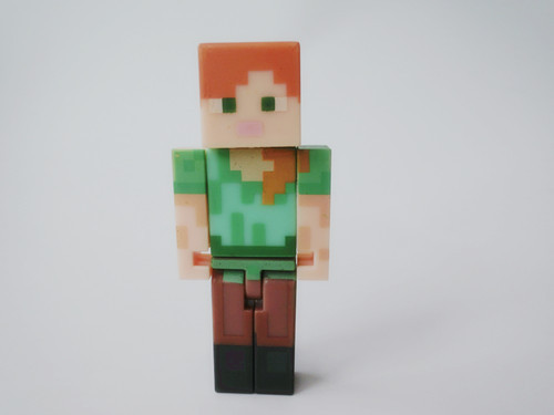 "TT03-- <font><b>Minecraft</b></font> Overworld 2"" <font><b>Alex</b></font> <font><b>Figure</b></font> By Jazwares Loose"