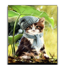 Cat Painting Diamond DIY Animal Embroidery 5 Round Mosaic Photos full of crystals Kitten hiding from the rain