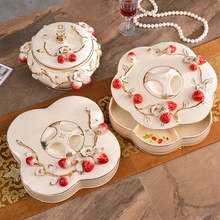 Creative Strawberry Europe ceramic fruit plate Candy Storage jar home decor wedding decoration dried tray figurine gifts