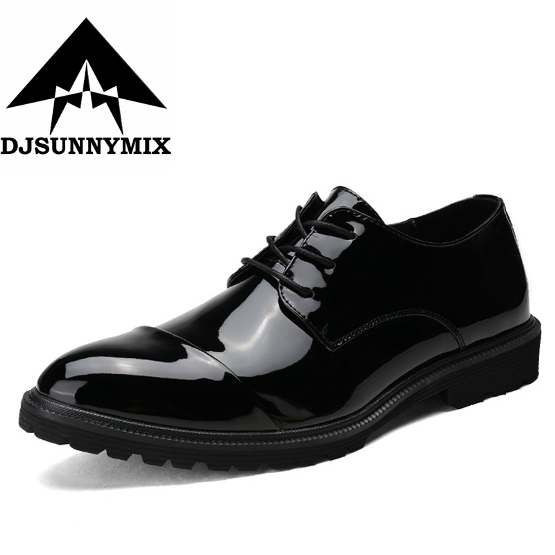 DJSUNNYMIX 2018 New arrival Men Patent Leather shoes Party and Wedding men dress shoes luxurious Handmade men loafers male flats piergitar 2017 men leather shoes with mixed colors shining rhinestone luxurious brand party and wedding men s loafers male flats