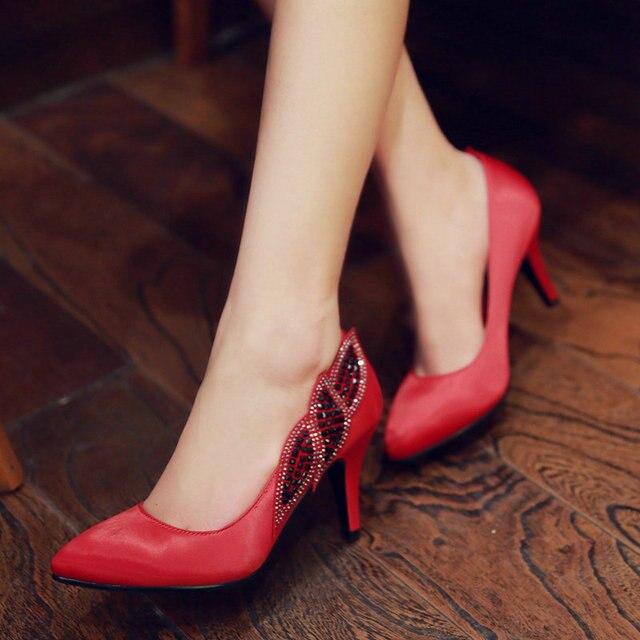 elegant reife damen abendkleid schuhe spitz high heels rot. Black Bedroom Furniture Sets. Home Design Ideas