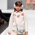2017 Nueva Chaqueta de Punto Chicas Suéter Bordado Floral Niños de Los Niños del Otoño Chaqueta de Punto para Niñas Primavera Niño Hizo Punto el Suéter