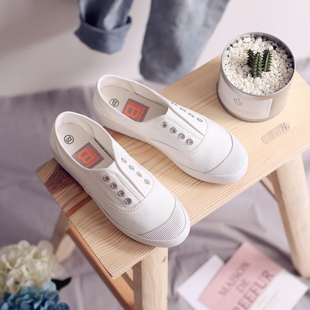 Women Canvas Shoes Elastic Band Lady Loafers Flat Heel Slipon All Match Girls White Shoes Sneakers Spring Autumn Tenis Femino 1