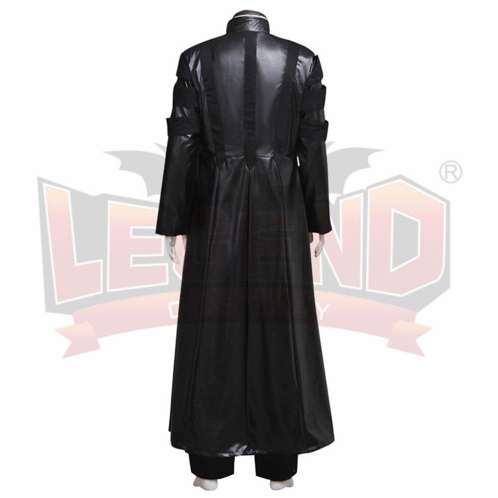 Manteau sur veste de costume