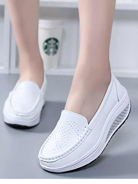 2019 Hot NEW Style Spring Leather Mother Casual Woman Shoes Swing White Nurse Breathable Shoes Slip-resistant Wedges Platform