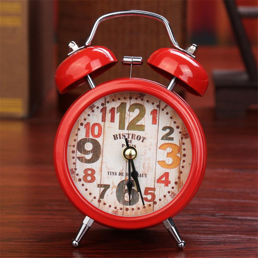 New Arrival 1PC Small Bed Compact Travel Quartz Clock Cute Portable Desk Clocks High Quality Fashion Fashion Clocks Best Gift