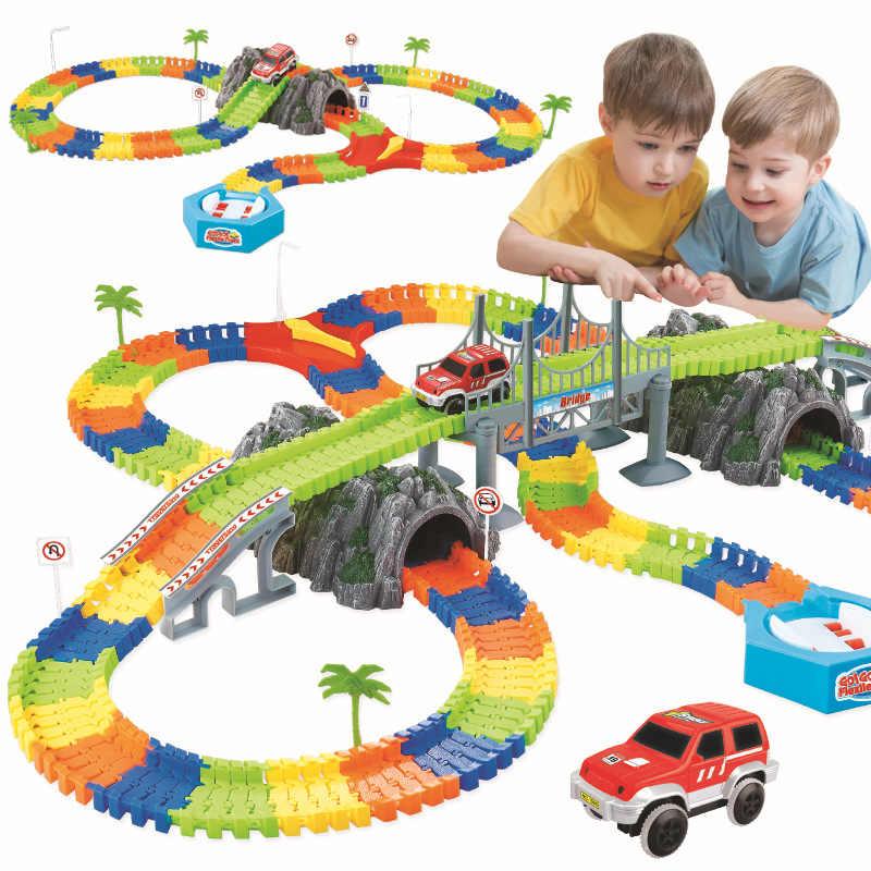 Monteer DIY railway road flexibele spoor speelgoed spoorweg flex race tracks set 96/144/192/240PCS rail auto speelgoed cadeau voor kinderen