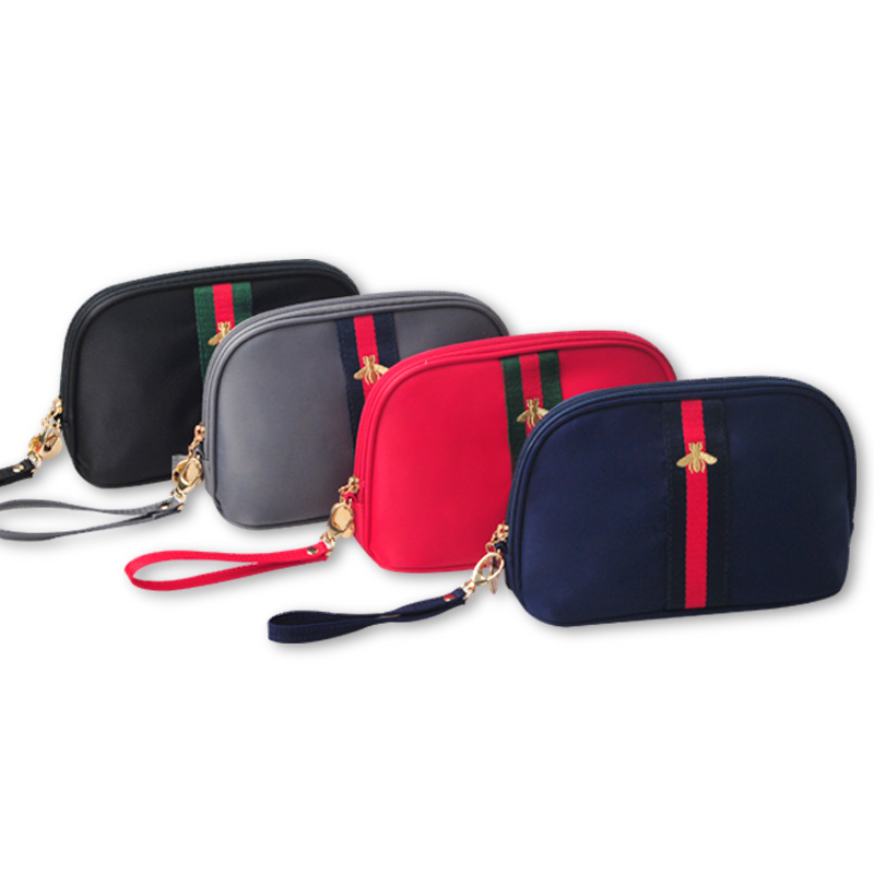 Korean cosmetics bag fashion nylon cloth ladies cosmetic bag new female bag small bee embroidered storage bag woman