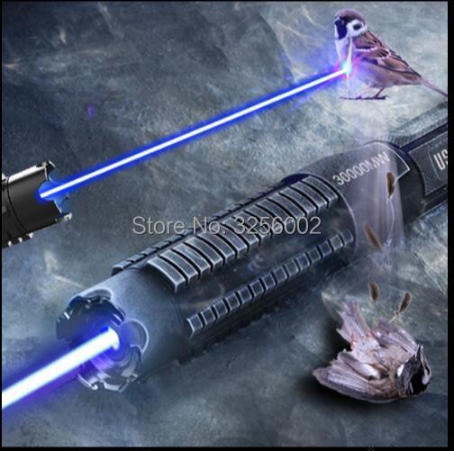 HOT! AAA Plus Puissant Militaire Torche Laser Brûlant Torche 450nm 30000 m Focalisables laser Bleu pointeur Brûlure papier 30 w Chasse