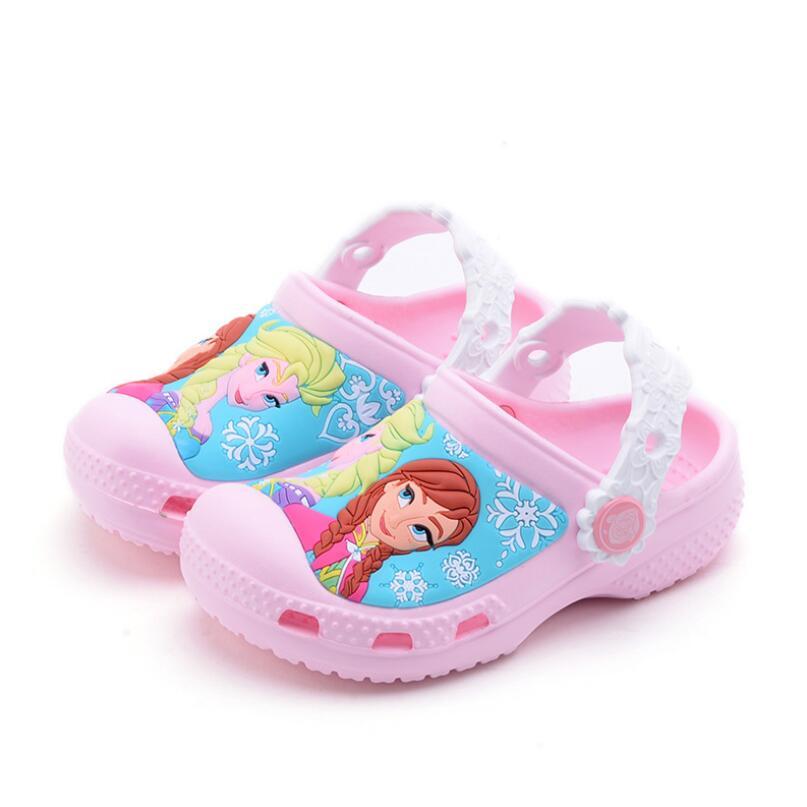 Anne ve Çocuk'ten Sandaletler'de Karikatür Prenses Elsa Anna Kız Yaz Rahat plaj sandaletleri Hafif Çocuklar Terlik Katır Çocuk bahçe ayakkabısı title=
