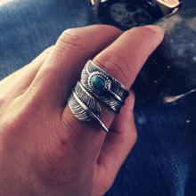 Antique Silver Goro's Rings For Men Titanium Steel Vintage Turquoise Feather Ring 2016 New Fashion Jewelry Accessories