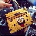 2014 Diseño de moda amarillo de dibujos animados Bolsa de Hombro Mujeres Messenger Bags Carta Mos SpongeBob sonrisa Bolsos de Cuero para las mujeres de señora