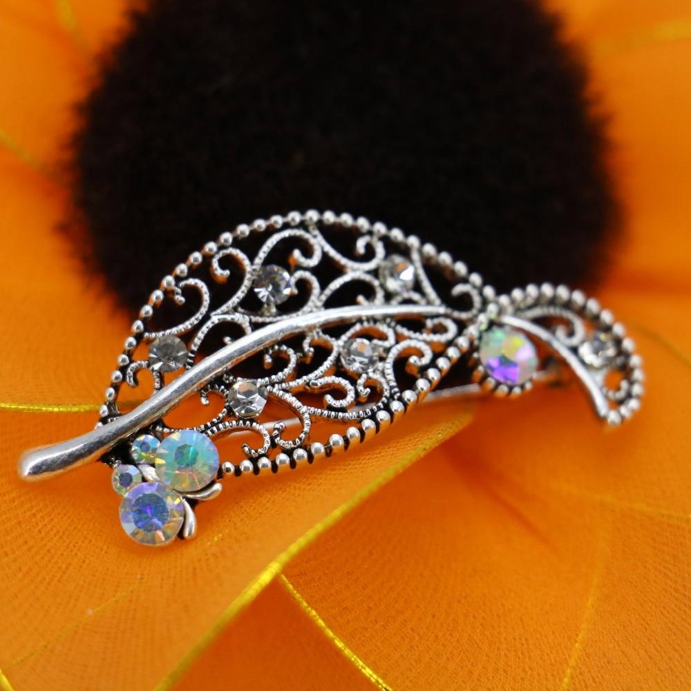 Venta caliente rhinestone broche breastpin flor Broches cuentas de vidrio  cristal mariposa para las mujeres Niñas regalos 25 52mm joyería aleación d29795441ba