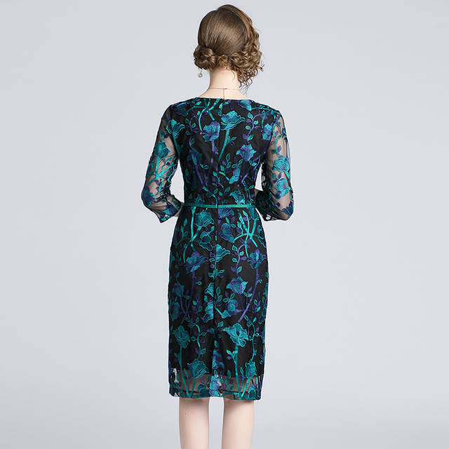 3daa664b04968 US $23.53 18% OFF|Autumn Green Embroidered Lace Bodycon Dress Vestidos  Casuales Mujer 2019 Ladies Bandage Dress Roupas Feminina K9116-in Dresses  from ...